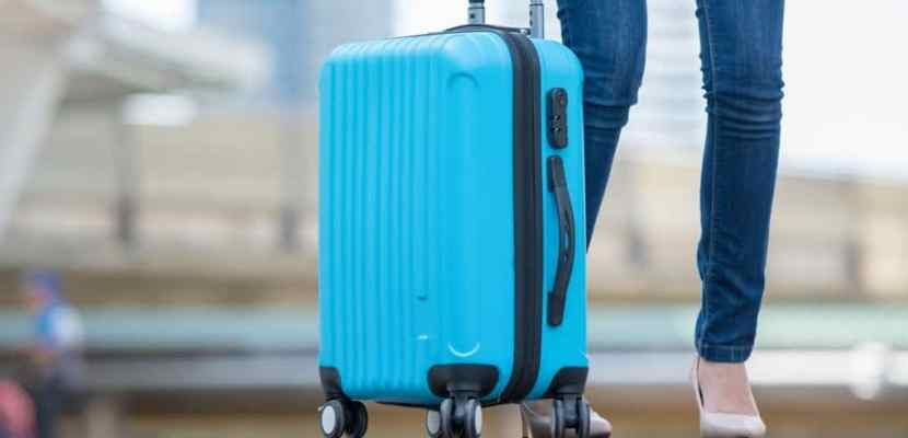 Best Trolley Bags In India 2021 - Reviews & Buyer's Guide